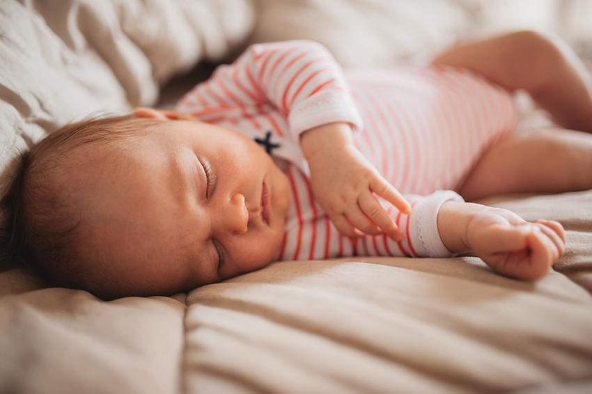 sweet momes photographe naissance annecy lyon